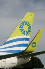 Aires Colombia Boeing 737-700 Package
